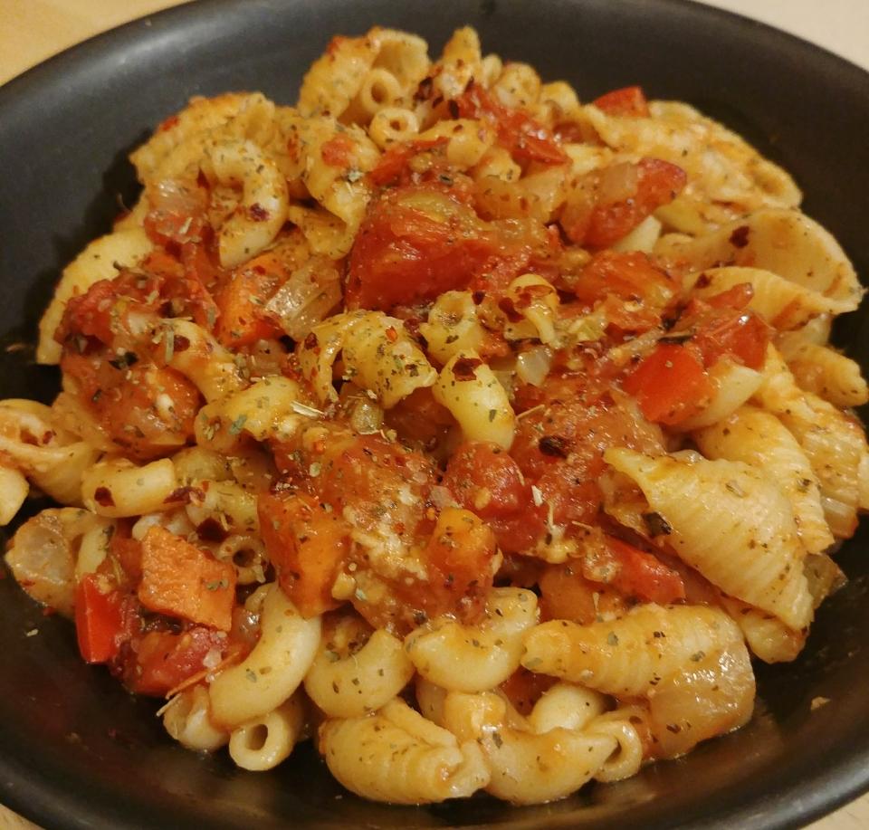 american chop suey goulash pasta tomato sauce