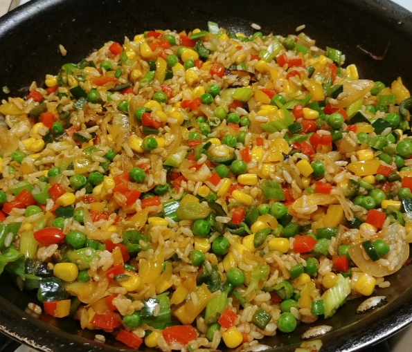 fried rice peppers corn peas onions scallions vanilla ice