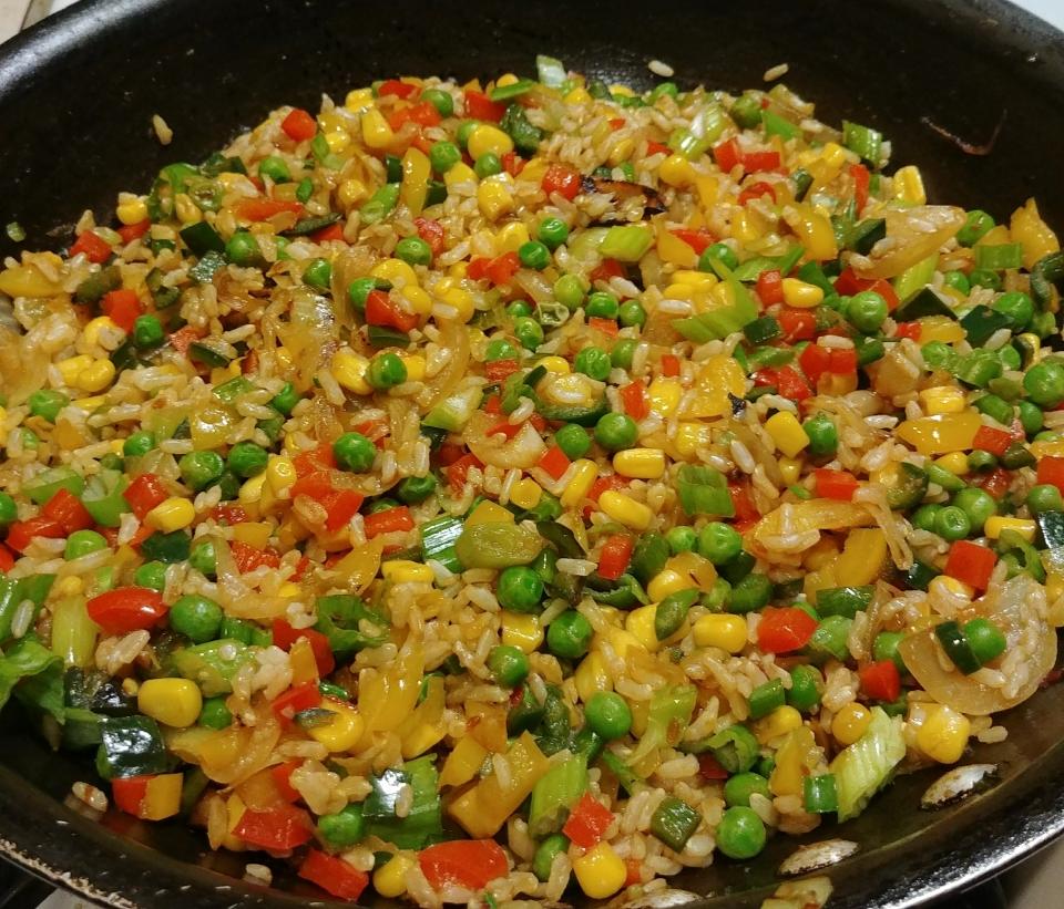 fried rice peppers corn peas onions scallions vanilla ice