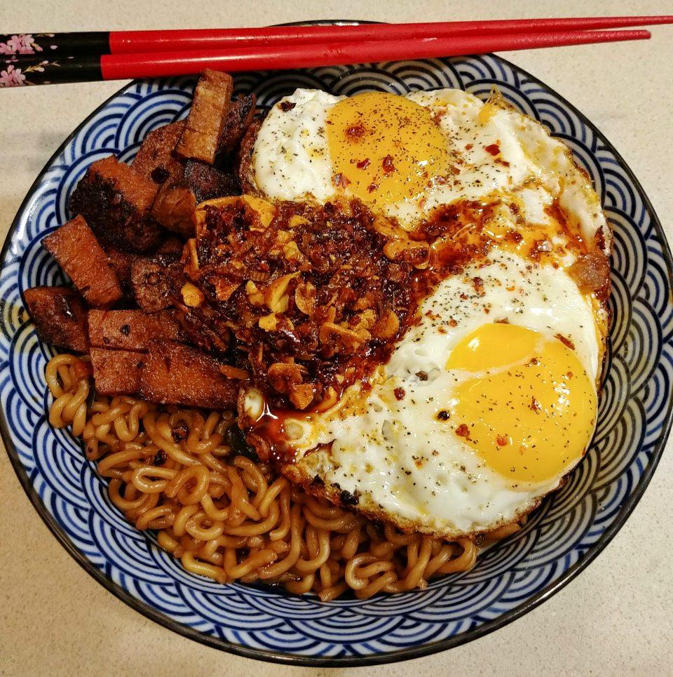 jjapaguri chapaghetti neoguri noodles seitan fried eggs